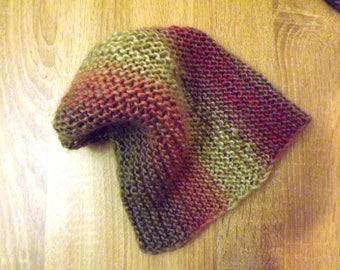 Gorro.Variegated beanie.Warm winter hat.variegated yarn.relaxed beanie,Woolen warm hat,reversible beanie,soft,warm and cozy.hat bejaunus