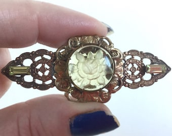 Yellow Rose Brooch Bar Pin, Reverse Carved Intaglio Glass, Yellow Baguette Stones, Vintage 40s, Antique Gold Ornate Floral Scalloped Setting