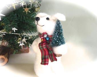 Needle felted christmas decorations needle felted dog white Christmas dog figurine Beagle labrador retriever poodle felt wool felting cute