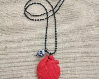 Human heart, skull, horror, zombie necklace