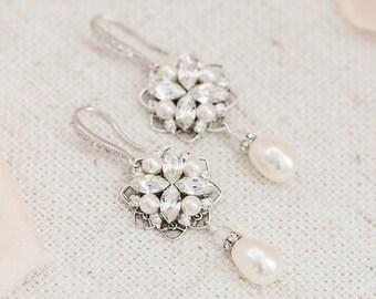 Bridal Earrings Vintage, Wedding Earrings Chandelier, Pearl and Crystal Earrings