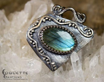 Original Handmade One-of-a-kind Labradorite stone .999 Fine Silver Pendant Necklace