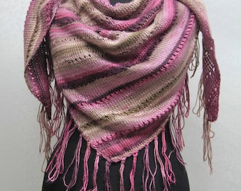 Handmade-triangle yarn scarf