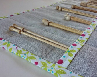 Linen Knitting Needle Case with Modern Organic Cotton Trim - Knitting Needle Roll