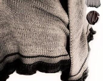 PDF Knitting Pattern Outlander Claire's Lollybrach Shawl