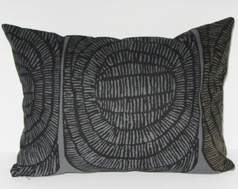 """Gray Marimekko pillow cover in authentic Marimekko fabric Mehiläispesä """"Bee hive"""" from Finland, 12x16 or 12x20"""", FREE SHIPPING Canada and US"""