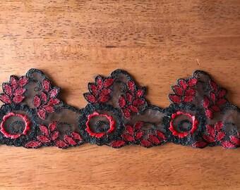 1 yard Red black vintage lace trim
