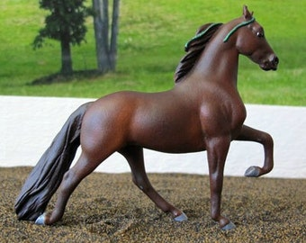 One of a Kind Personalized Dream Horse - Stablemate Scale