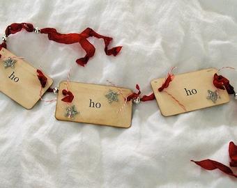 Ho ho ho flash card ornament\/garland (red)