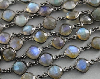 Flashy Labradorite, Puff Cushion  Bezel Chain, Labradorite connector chain, Oxidized Finish, Sold by the foot,  (BZC-LAB-51)