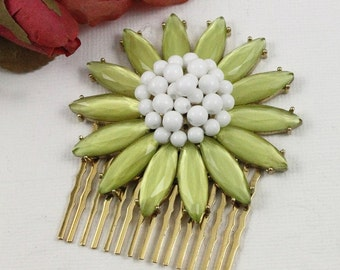 Vintage Daisy Brooch Jeweled Hair Comb - Chartreuse Cabochons and Milk Glass - Nature Inspired Bridal Head Piece Fascinator - Boutique Bijou