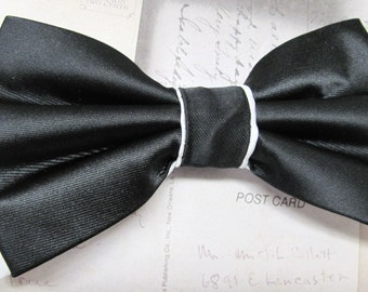 Mens Bow Ties. Black White Bow Tie. Wedding Bow Ties Black and White Bowtie With Matching Pocket Square Option