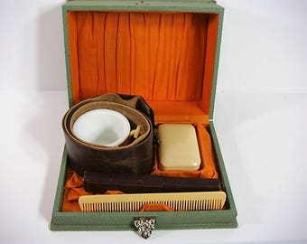 Antique Men's Shaving Kit Morgan Straight Razor Shell Illinois Razor Strop 3357