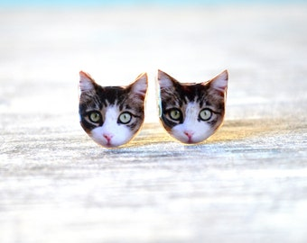 Grey cat earring , grey cat stud , grey cat jewelry , grey cat gift , tabby cat earring , tabby cat stud , tabby cat jewelry , cat earring