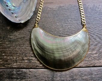 Shell Necklace,Shell Necklace Gold,Beachy Necklace,Bib Necklace,Crescent Necklace,Shell Jewelry,Electroplated Shell Necklace,Summer Jewelry