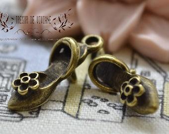 set of 10 QWP042 pendant, bronze, high heel shoe, Miss