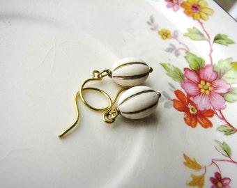 Cream Vintage Bead Earrings, Gold Striped Earrings, Ivory and Gold Earrings, Bead Earrings, Bridal Wedding Earrings Minimalist Jewelry