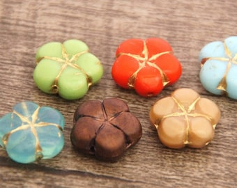 6 Czech glass Beads Flower 14 mm Table cut/Mix