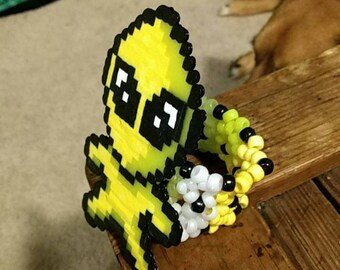 Alien perler cuff Yellow