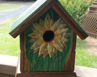 Wooden Birdhouse (Sunflower)
