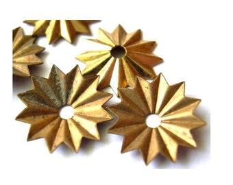 6 Flower cap beads, metal. vintage, 15mm, RARE