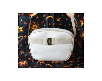 Auth Salvatore Ferragamo Vara Leather shoulder bag