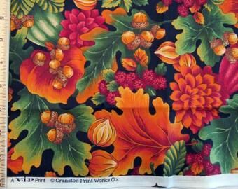 Fat Quarter coloré l'automne chêne feuilles fleurs fruits glands Allover noir rouge Orange vert rouge marron tissu-VIP Cranston Print Works - POO