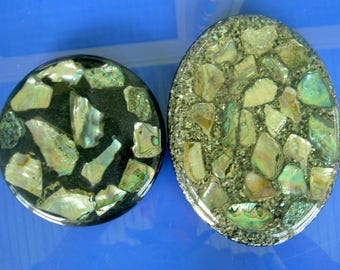 2 trivets imbedded with abalone shell