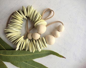 Porcelain Bead Necklace, Handmade Jewelry, Green Statement Necklace , Simple&Minimalist, Ceramic Necklace, Boho Necklace, Unique Necklace