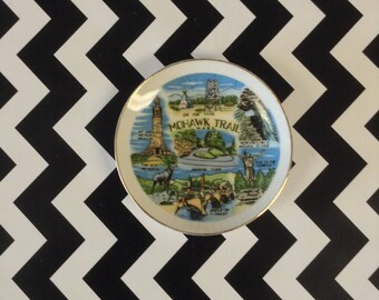 "Mini Mohawk~Mohawk Trail~Decorative Plate~Vintage~Souvenir~4""~B5"