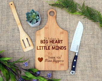 It takes a Big Heart To Shape Little Minds Cutting Board, Personalized, Custom, Teacher Gift, Present, End of Year, Teacher Appreciation,Aid