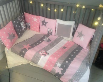 Large owls and stars blanket pink and gray