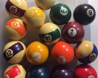 Rare MINIATURE Vintage Bakelite Billiard or Pool Balls 16 Complete Set