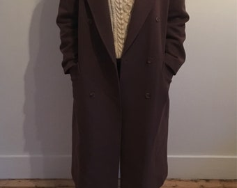 Long brown wool coat with velvet collar, vintage 90s era, label says UK16 but i think it looks good boxy down to a size UK12 Spring Fashion