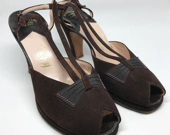 sz 7B   Vintage 40's Brown Strappy Suede Platform Peeptoe Heels with Bow and Rhinestone Details by Palter DeLiso
