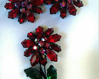 STUNNING red rose  vintage rhinestone brooch and earring set!