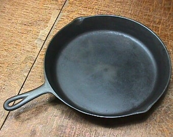 Vintage Cast Iron # 10 Skillet with a Heat Ring Cleaned-Seasoned, and Ready to Use  # 3