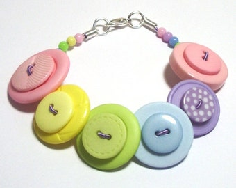 Summer Pastels Green, Pink, Lilac, Yellow & Blue button bracelet Button Jewellery Button Jewelry UK Handmade Free UK Shipping