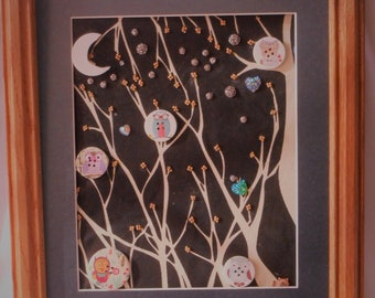 WHO'S THERE?  Mixed media picure buttons/ cloth/ tree background signed by artist