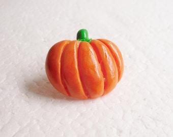 Pumpkin Brooch. Polymer Clay.