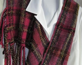 Handwoven wool mobius scarf, pink, black