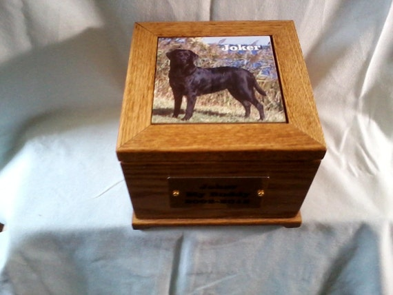 Large pet urn, pet memorial, pet ash box, pet burial box, oak urn,handcrafted wooden oak pet urn, urn for larger dogs, USA made pet urn