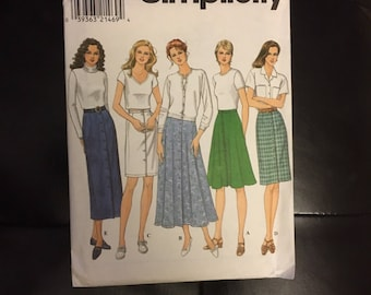 Womens button front skirt sewing pattern flared and straight options midi, knee length and  shorter 1990's Simplicity 8089 size 14, 16 and 1