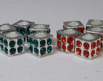 31 So Vogue Square Crystal Beads