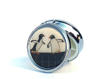 PILL BOX ROUND - Pill Case, Trinket Box, Pill Box, Decorative Pill Box, Pill Organizer, Penguin Pill Box