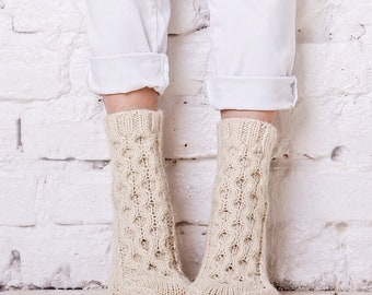 Cable socks Knitted cable socks White handmade socks  Winter socks Natural wool socks Cable knit socks Natural home socks Girls bed socks