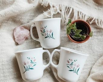 3 Vintage Floral Mugs   Ceramic Floral Mug