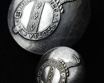 Rare Irish Livery Buttons to the Waring Family Made by Clancy Dublin. Silver Plate the Large Button is 28mm Smaller 16mm.
