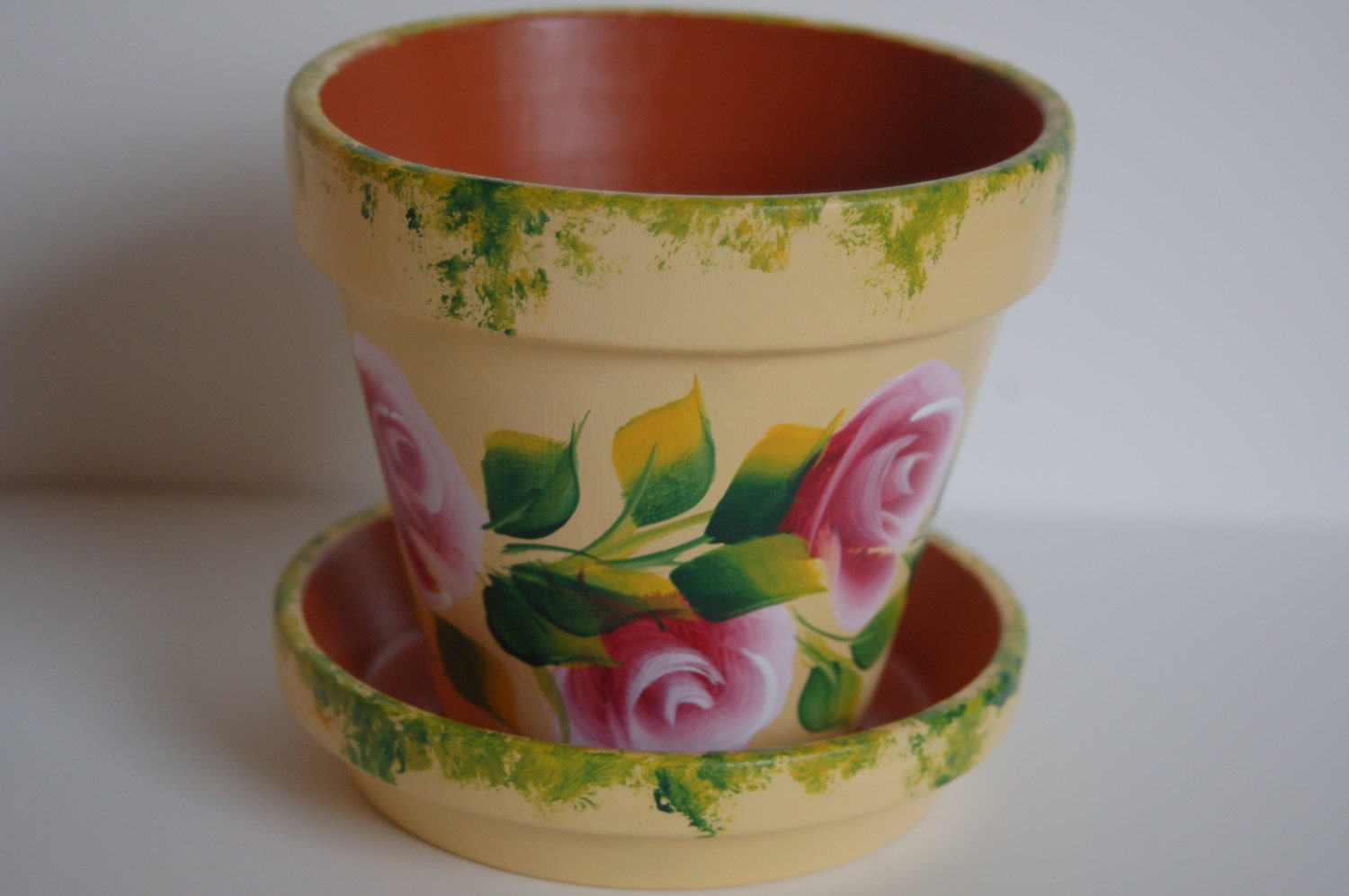 Romantic Pink Roses And Leaves Hand Painted Clay Flower Pot 4