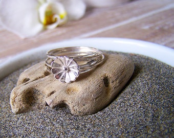 Sterling Silver Flower Stack Rings, Set of Five Stack Rings, Boho Daisy Stack Ring